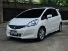 เมญ่าขายรถฟรีดาวน์ Honda Jazz 1.5S i-Vtec A/T 2013-2