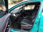 Toyota C-HR 1.8 Hi Hybrid ปี18 รถบ้านสวยรูปทรงโฉบเฉี่ยวดูมีเสน่ห์ขับดีออฟชั่นเต็มพร้อมใช้งาน-10