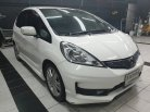 2013 Honda JAZZ SV hatchback -0