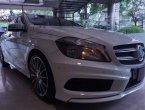 MERCEDES-BENZ A200 AMG Sport 2013 ราคาที่ดี