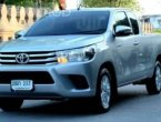 2016 Toyota Hilux Revo 2.4 E รถกระบะ
