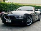 BMW Z4 E85 Convertible ปี 2011 ตัวรถสีดำเงาฉ่ำๆ โฉมคลาสสิค เปิดประทุนไฟฟ้า