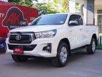 2019 Toyota Hilux Revo 2.4 E Prerunner รถกระบะ