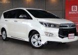 2017 Toyota Innova 2.8 Crysta V  AT Model Top สุด มาพร้อม
