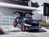 รีวิว Tesla Model X ผู้นำครอสโอเวอร์พลังไฟฟ้าเพื่ออนาคต