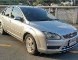 2006 Ford FOCUS 1.8 Ghia sedan ตัวท๊อป รถมือเดียวป้ายแดง ดูแลดี ใช้รักษามากๆสีสวยเงางามทั้งคัน ไม่มีชนเลย