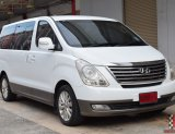 Hyundai Grand Starex 2.5 (ปี 2011) VIP Wagon AT ราคา 699,000 บาท