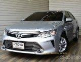 Toyota Camry 2.0 G Sedan AT ปี2015 สีเทา  รถสวย ดอกเบี้ยพิเศษ ฟรีดาวน์