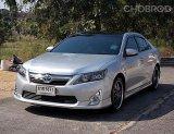 Toyota Camry 2.5 Hybrid ปี12 รถบ้านมือเดียวสวยขับดีนั่งสบายตัวรถไม่มีอุบัติเหตุมีเล่มพร้อมโอน