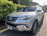 TOYOTA FORTUNER ปี 2016 AUTO 2.8V 4WD สีบรอนซ์เงิน