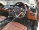 2015 BMW X1 sDrive20d รถเก๋ง 4 ประตู