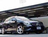 Mercedes Benz A180 ออกศูนย์ ปี 2013