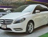 Benz B200 BlueEFFICIENCY 1.6 W246 AT ปี2013 สีขาว รถสวย พร้อมใช้งาน