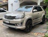 Toyota Fortuner 2.7 V ปี 2012