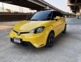 ขายรถมือสอง 2018 MG 3 1.5 V SUNROOF สีเหลือง มือเดียว