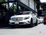 ขายรถ Mercedes Benz GLA200 รถออกศูนย์ 2015