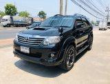 ขายรถ TOYOTa FORTUNER 3.0V AUTO 2WD ปี 2012