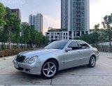 #ตลาดรถรถมือสอง Benz E200 kom ปี 2005
