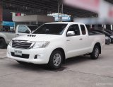 Toyota Hilux Vigo Champ 2.5 MT ปี2013 smart-cab สีขาว เกียร์ธรรมดา