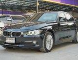 BMW 320d 2.0 F30 Sedan AT ปี2013 สีดำ รถสวย พร้อมใช้งาน