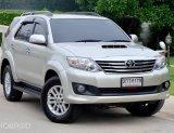 Toyota fortuner 3.0 V ขับ 2 ปี 2014