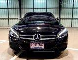 2017 BENZ C350e Avantgarde สีดำ