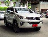 ขายรถ  Toyota Fortuner 2.4 V ปี2017  SUV
