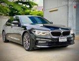 2019 BMW 520d Sport รถเก๋ง 4 ประตู