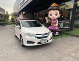 Honda City รุ่น 1.5V เบาะหนัง Push Start AT  ปี 2016