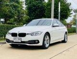 จองให้ทันนะ BMW 330e Sport ปี18วิ่งน้อย รถสวยจัดออฟชั่นเต็ม