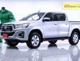 1O-4  Toyota Hilux Revo 2.4 J Plus Prerunner รถกระบะ สีเทา เกียรื MT ปี2018