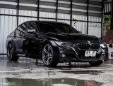 BMW 320i แต่งภายนอกสวยๆ ไฟหน้าSport ล้อแม็กซ์ M พวงมาลัย M แต่ง M Sport มา