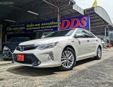 Camry Hybrid 2.5 HV Navi Premium Sedan AT ปี 2016