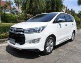 2017 Toyota Innova 2.8 Crysta V รถตู้/