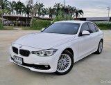 BMW 320d LUXURY สภาพสวยพร้อมวารันตรีศูนย์