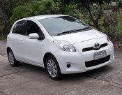TOYOTA YARIS 1.5 E ปี13 สีขาว รถสวยขับดีไม่แก็สเครื่องฟิตช่วงล่างแน่นไฟฟ้าทั้งคันเล่มพร้อมโอน