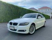 2010 BMW 320d SE sedan