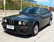 1990 BMW 318i E30 sedan