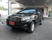 ขายรถ TOYOTA  FORTUNER 3.0V/AT 4*4 ปี 2013 สีดำ