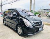 2016 Hyundai H-1 Deluxe mpv