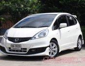*ใช้เงินออกรถ 5,000 บาท .. 2011 HONDA JAZZ 1.5 SV