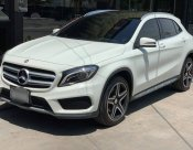 2017 Mercedes-Benz GLA250 AMG hatchback