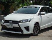 2015 Toyota YARIS E 5ประตู มีเครดิตใช้เงินออกรถ 5000 บาท ฟรีน้ำมันเต็มถัง จัดไฟแนนซ์รู้ผลเบื้องต้นภายใน 15 นาที