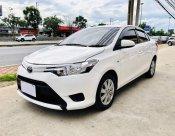 Toyota VIOS E IVORY 2013 รถเก๋ง 4 ประตู