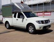 2011 Nissan Frontier Navara SE pickup