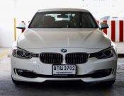 2014 BMW 320i SE sedan