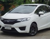 2015 Honda JAZZ S hatchback มีเครดิตดาวน์เริ่มต้น 1,000 -5,000 บาท