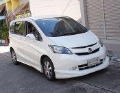 Honda Freed 1.5 E Navi ปี10 รถบ้านแบบครอบครัวน่าใช้ขับดีประตูไฟฟ้าเครื่องช่วงล่างแน่นพร้อมใช้