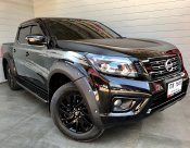 2019 Nissan NP 300 Navara 2.5 DOUBLE CAB Calibre E Black Edition Pickup MT