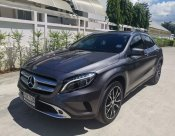 2015 Mercedes-Benz GLA200 Urban hatchback